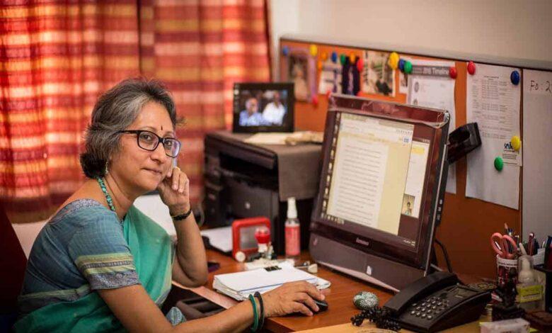 Photo of Usha Raman adds new dimensions to mass communication teaching