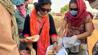 COVID times: Vanaja served meals to over 2 lakh migrants on NH