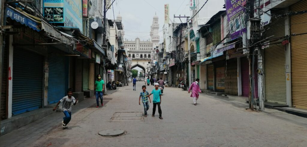'Self-lockdown' by traders of Laad Bazar in Hyderabad