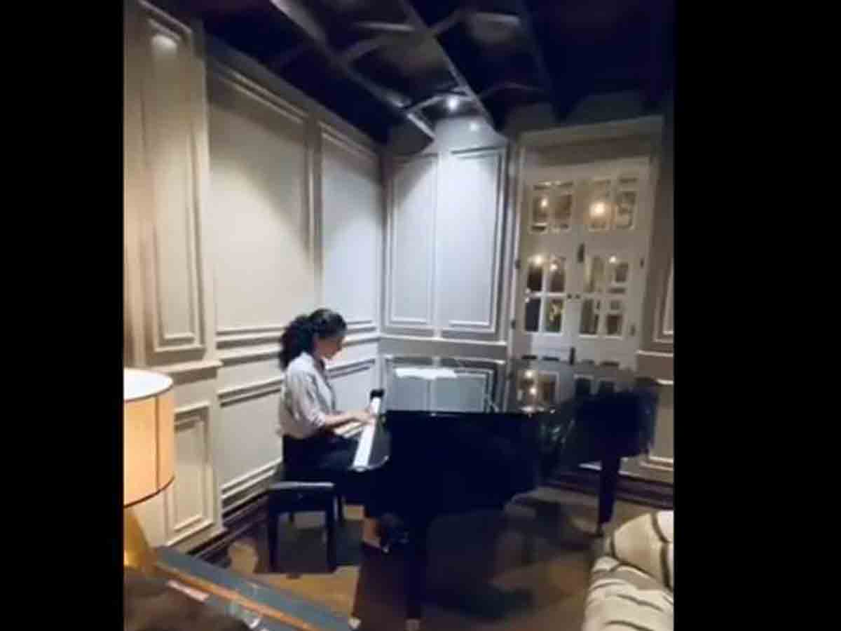 Here's why Kangana Ranaut started playing the piano