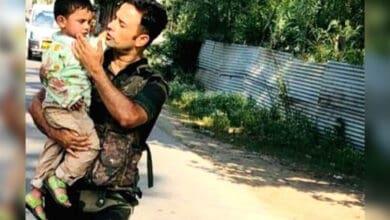 Photo of 3-yr-old rescued after watching grandad die in Kashmir terror strike