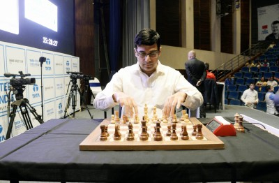 Anand suffers 4th straight loss in Legends of Chess tournament