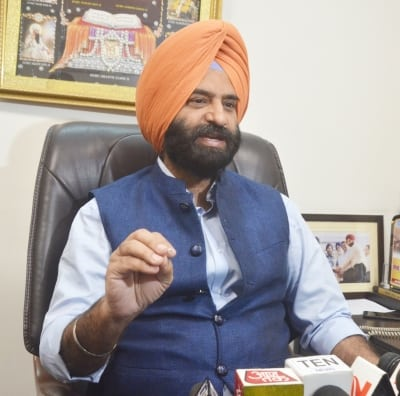 DSGMC delegation contacts MEA over repatriation of Sikhs, Hindus from Afghanistan