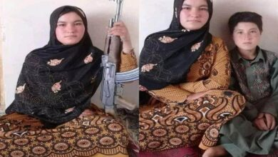 Photo of Girl kills two Taliban after they murder her parents