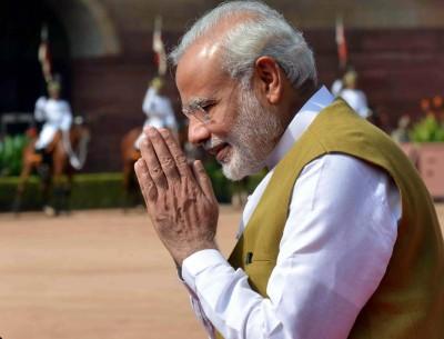 Female artisans of Varanasi send wooden rakhis for Modi