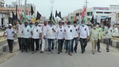 Photo of Uttam condemns CM KCR's silence on high power bills