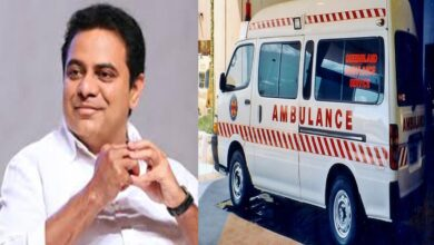 Photo of TRS Ministers Donate 100 ambulances on KTR's birthday; people say gesture is late