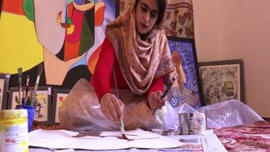 Photo of Kashmiri woman wins laurels at national level painting competitions