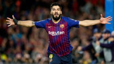 Photo of Suarez believes it's 'impossible' for Barca to win LaLiga this season