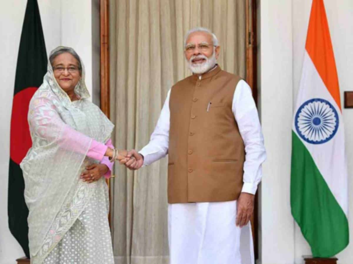 India hands over 10 diesel locomotives to Bangladesh