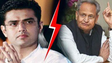 Photo of Gehlot knocks at PM, President doors to resolve Rajasthan crisis