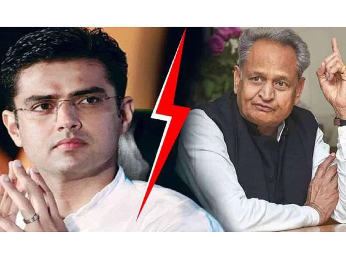 Gehlot knocks at PM, President doors to resolve Rajasthan crisis