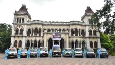 Photo of AK Khan flags of a fleet of 14 ambulances for COVID-19 patients