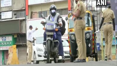 Photo of Pune: Police check vehicles amid 10-day COVID lockdown