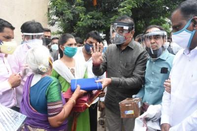 Pune's 'Warrior Granny' leaves Maha Home Minister speechless