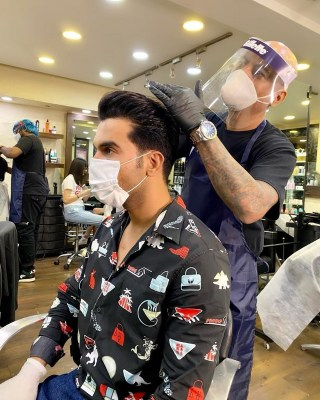 RajKummar Rao shares glimpse from his salon visit amid pandemic