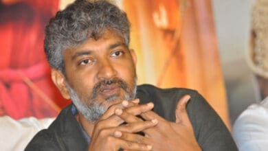Photo of 'Baahubali' director SS Rajamouli and family test Covid-19 positive