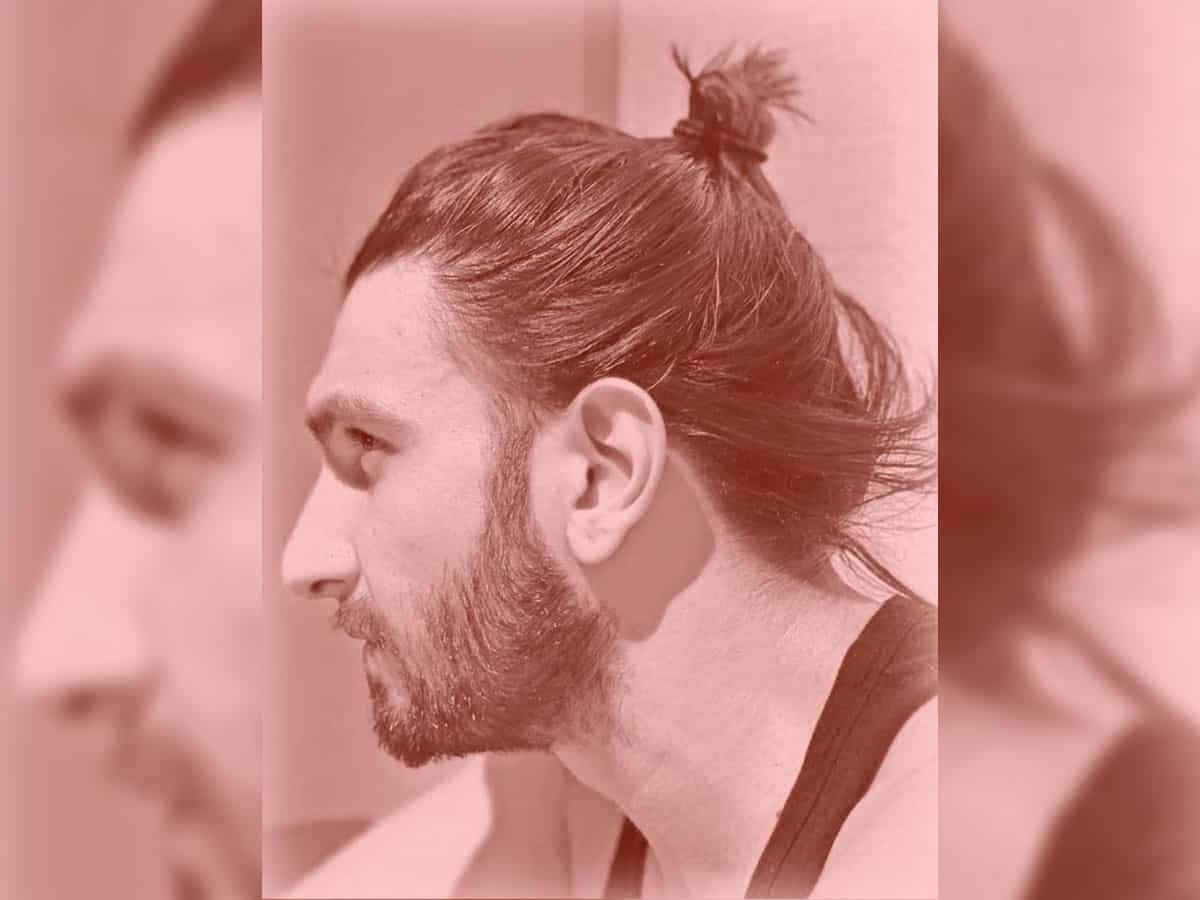 Ranveer flaunts man bun styled by Deepika