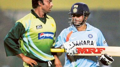 Photo of Tendulkar did find it difficult to face Akhtar at times, says Afridi
