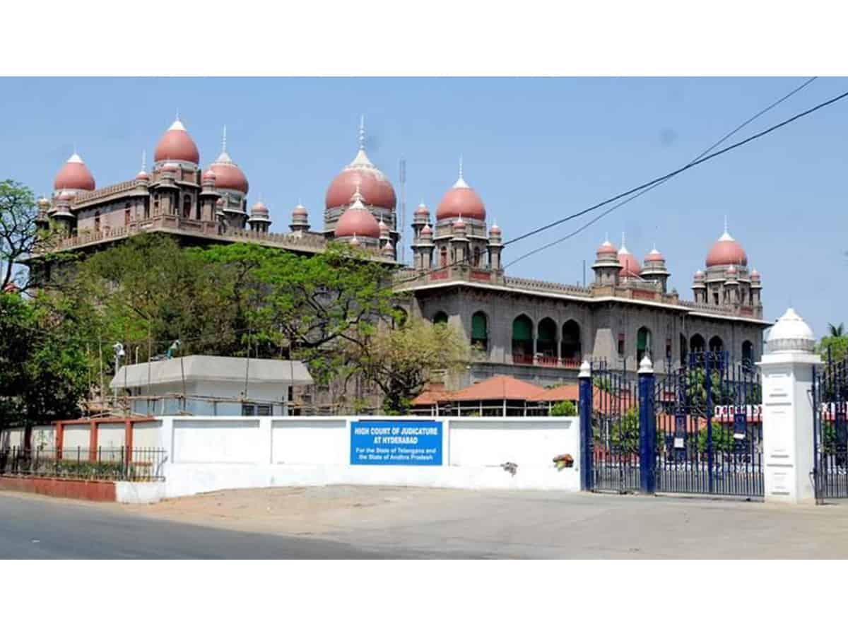 Telangana HC again extends stay on Secretariat demolition