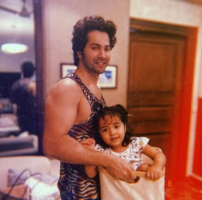 Varun Dhawan lifts niece instead of dumbbells