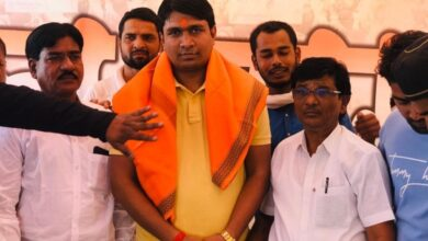 Photo of Vinay Dubey forming Third Front