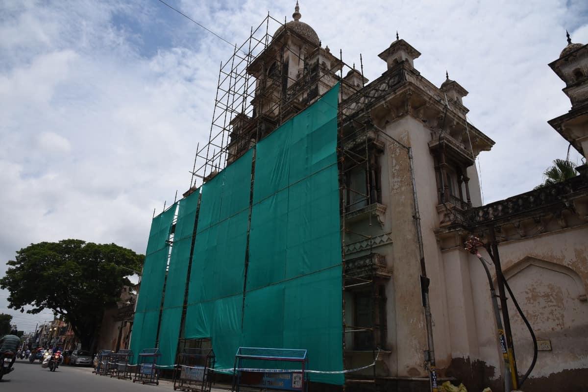 Chowmohalla Palace restoration underway after damaged window