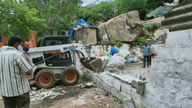 Photo of GHMC demolishes unauthorised buildings in Serilingampally