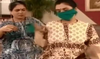 When Supriya Pilgaonkar and late Reema Lagoo taught how to wear masks in 1995!