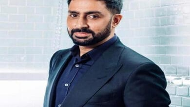Photo of Abhishek Bachchan tests negative for COVID; discharged from hospital