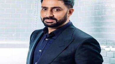 Photo of Abhishek wishes senior Bachchan on his 78th birthday