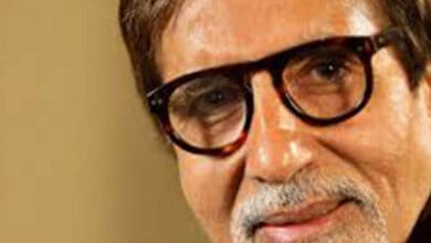 Photo of Amitabh, Abhishek Bachchan stable, don't require aggressive treatment: hospital sources