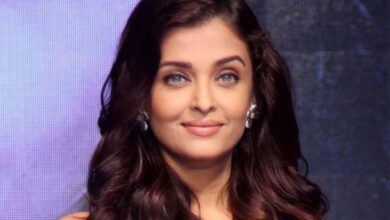 Photo of Aishwarya 'forever indebted' for praying for her family's recovery from COVID