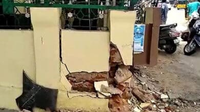 Dargah Hafeez Ali at Basheerbagh hit by drunken driver, walls damaged