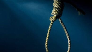 Photo of Teen hangs self at Noida home