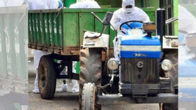 Photo of Telangana: Doctor carries COVID-19 victim's body in tractor