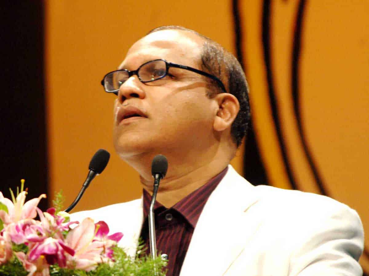 Kamat opposes 3 central projects in forest areas; writes to CEC