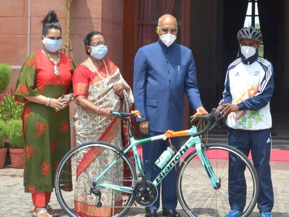 Prez Kovind gifts bicycle on Eid to budding cyclist