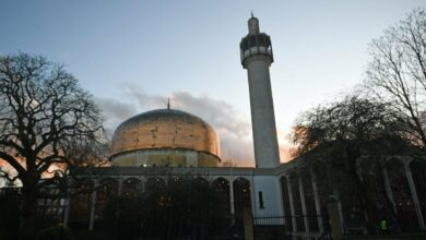 Photo of London reopens mosques after three months