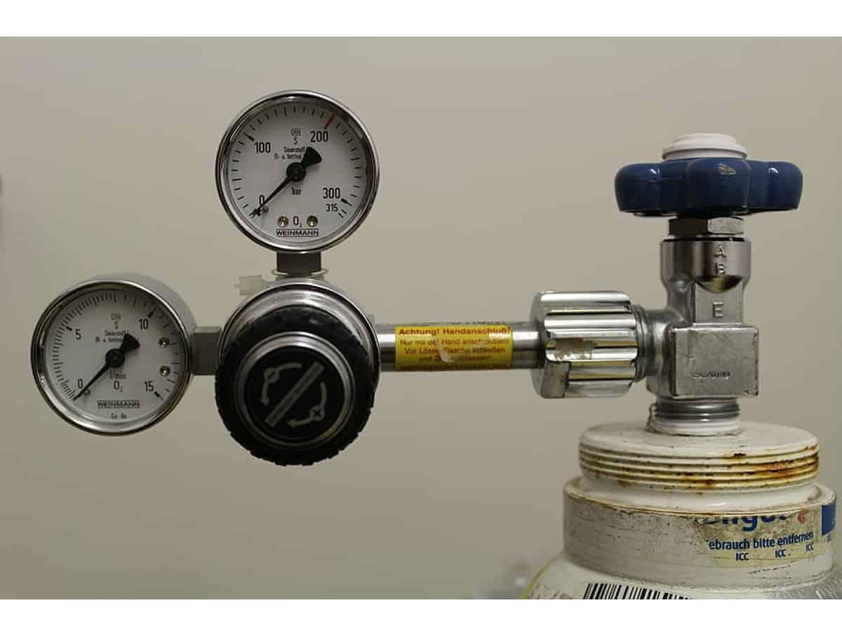 Timely supply of oxygen cylinder saves over 100 lives