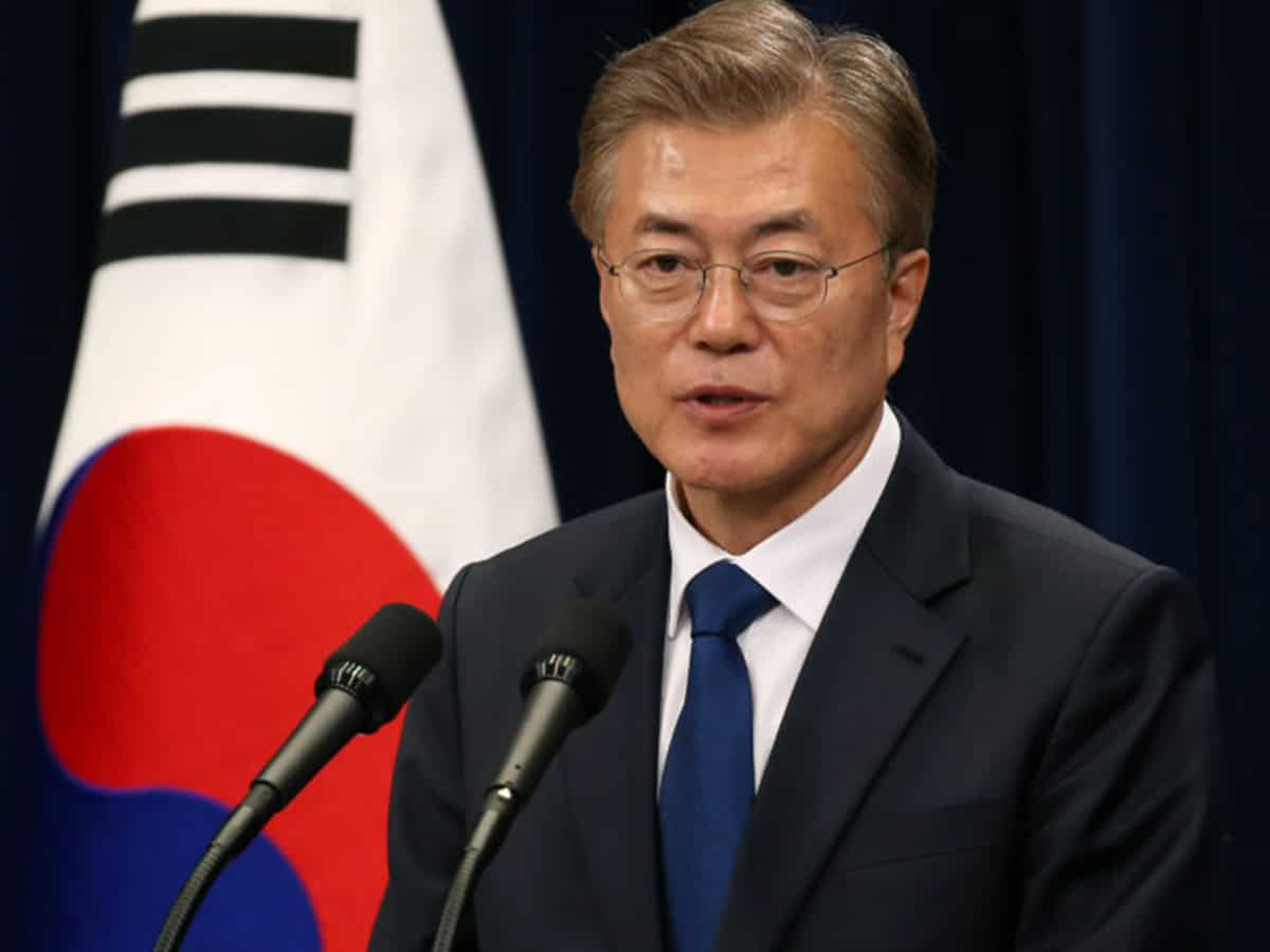 S.Korea sees 'high chances' of defector crossing into North