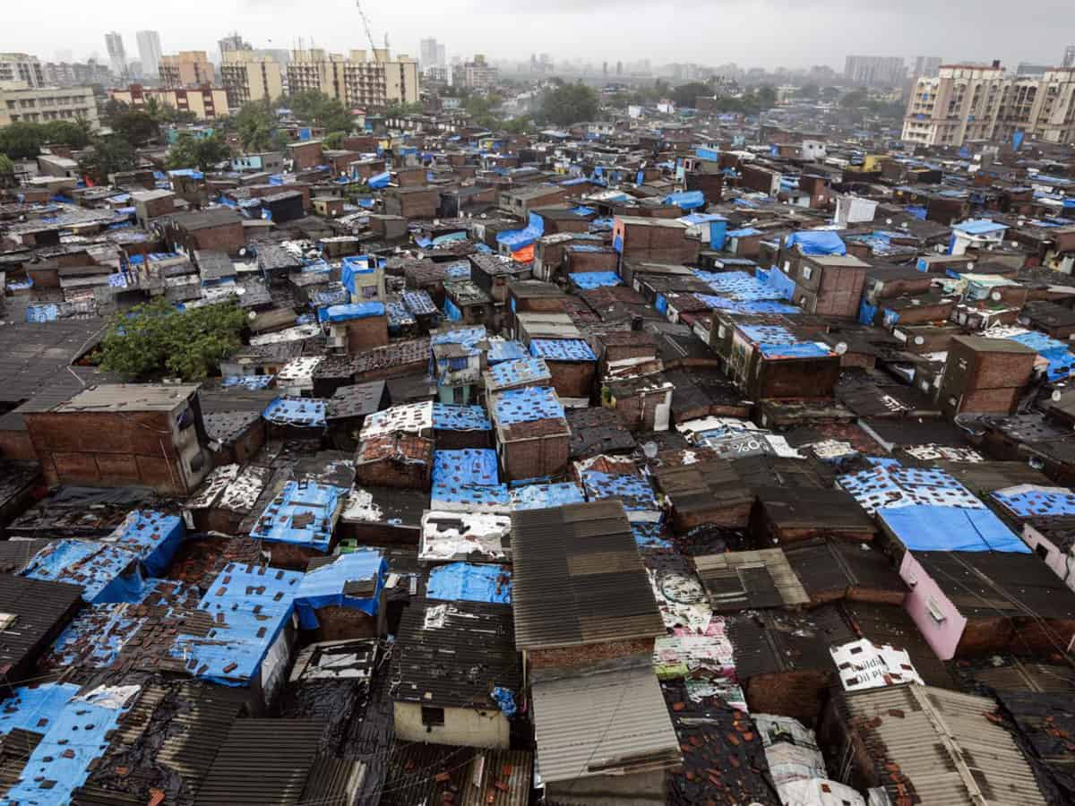Government paying no attention to situation in slums during COVID times