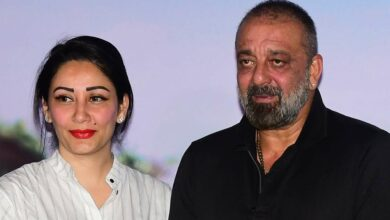 Sanjay Dutt calls his wife 'mom'