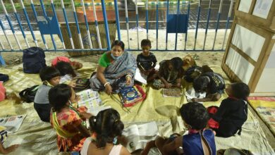 Photo of Underprivileged children attend pavement school in Kolkata