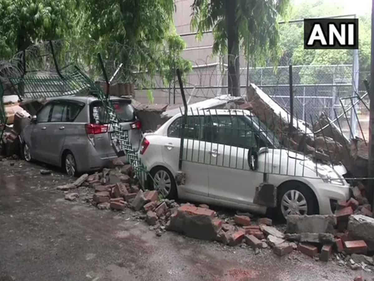 Delhi rains: Vehicles damaged in Saket after sidewall collapses