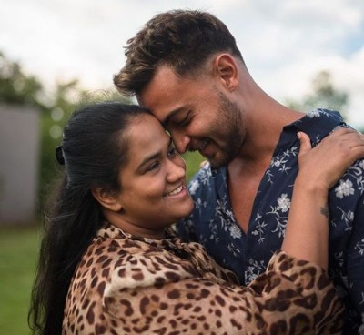 Aayush Sharma pens a birthday note for wife Arpita