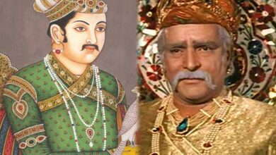 Photo of Akbar was first Emperor to inhale Portuguese tobacco thru hubble-bubble