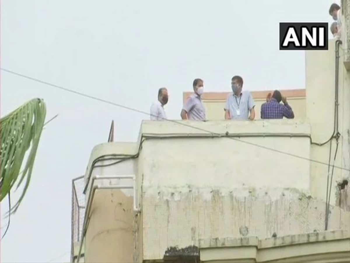 CBI, Mumbai Police teams at Sushant Singh Rajput's residence in Mumbai