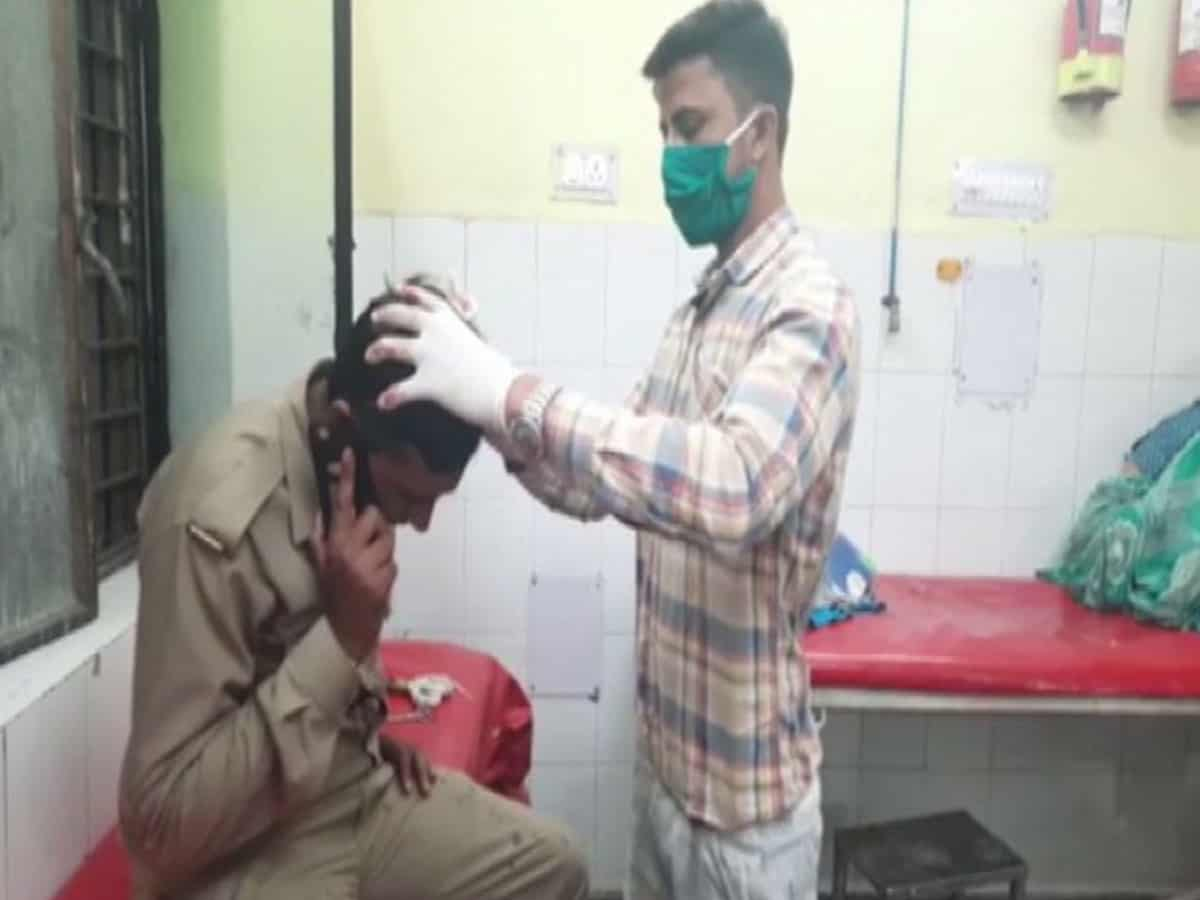 Police team attacked by mob in UP district