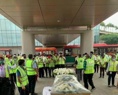 Capt Sathe's body brought to Mumbai, last rites on Tuesday
